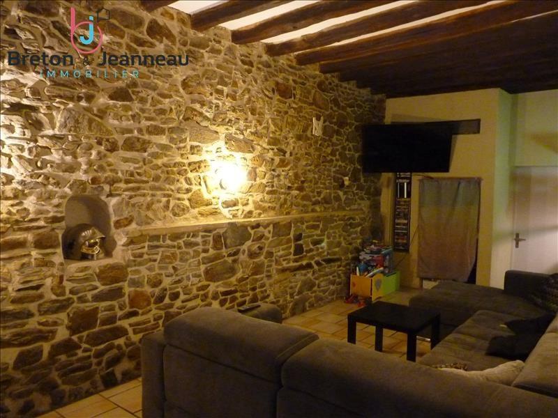 Sale house / villa Craon 156000€ - Picture 5