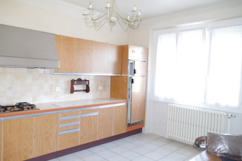 Sale house / villa Montargis 159000€ - Picture 5