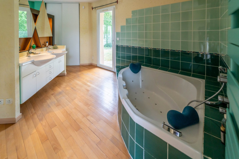 Vente maison / villa Mennecy 549000€ - Photo 11