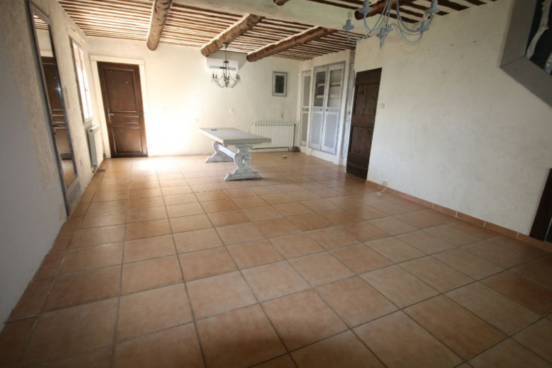 Sale house / villa Meyrargues 339 000€ - Picture 5