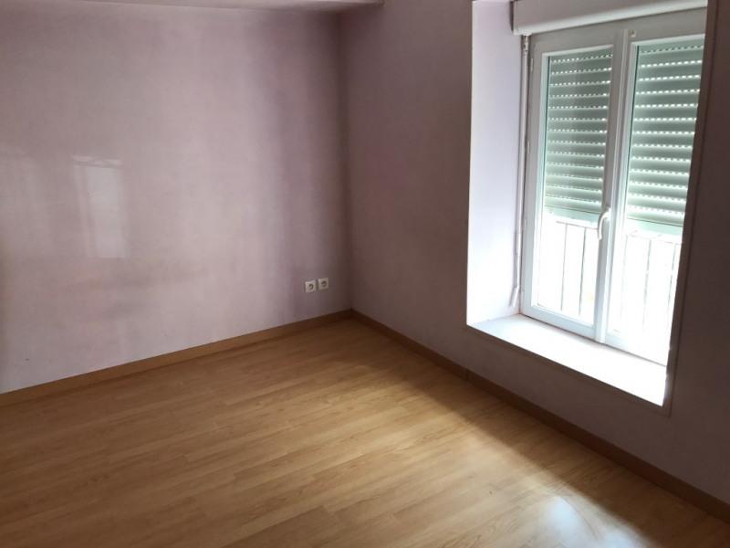 Sale house / villa Voves 99200€ - Picture 5
