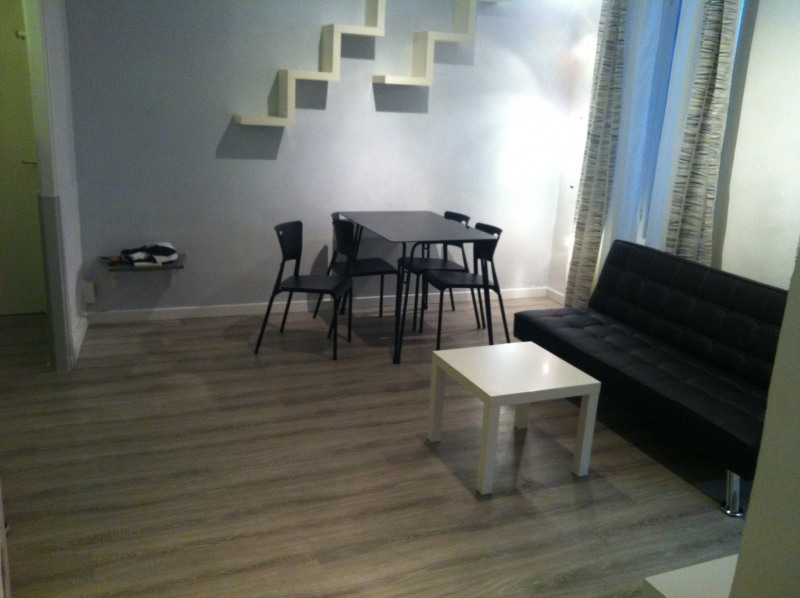 Rental apartment Nice 575€ CC - Picture 3