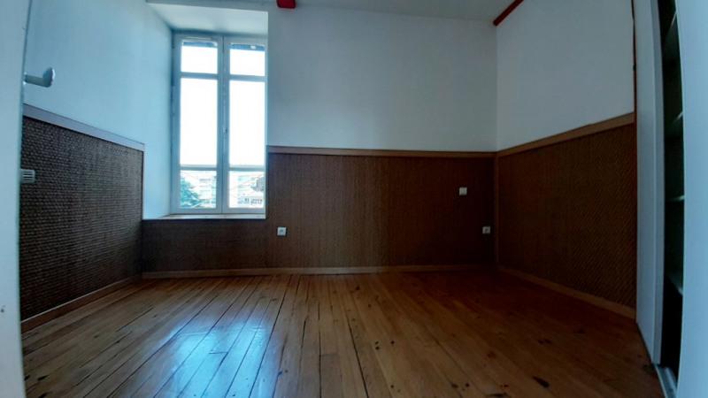 Sale apartment Pau 207500€ - Picture 9