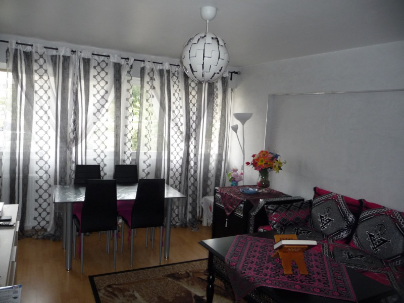 Sale apartment Epinay sous senart 120 000€ - Picture 1