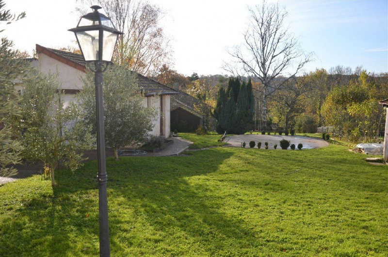 Sale house / villa Chartrettes 457 000€ - Picture 2