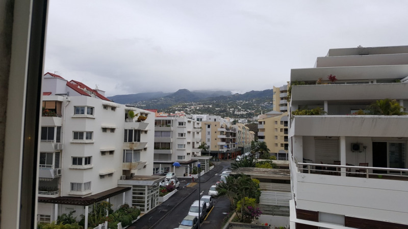 Location appartement St denis 359€ CC - Photo 5