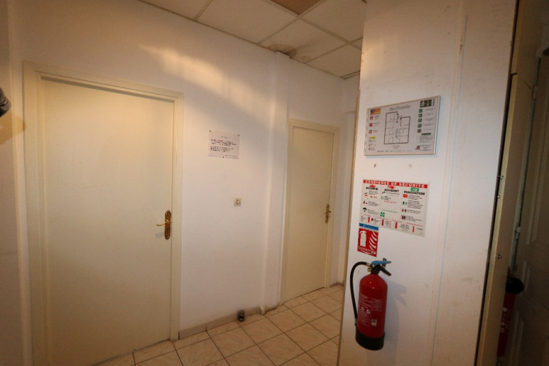 Deluxe sale loft/workshop/open plan Nice 965 000€ - Picture 3