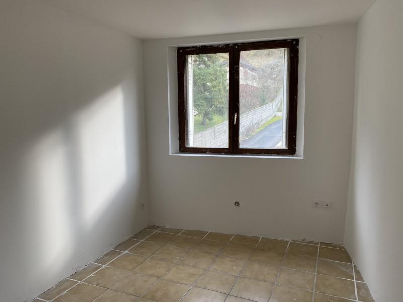 Revenda apartamento Reventin vaugris 179000€ - Fotografia 8