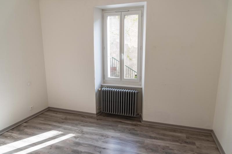 Rental apartment Bellegarde sur valserine 520€ CC - Picture 5