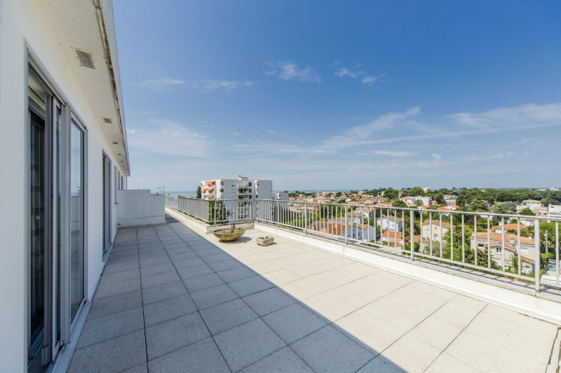 Deluxe sale apartment Royan 998 000€ - Picture 9