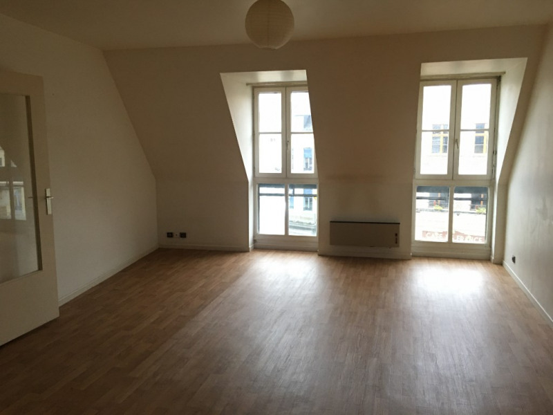 Location appartement Saint omer 495€ CC - Photo 1