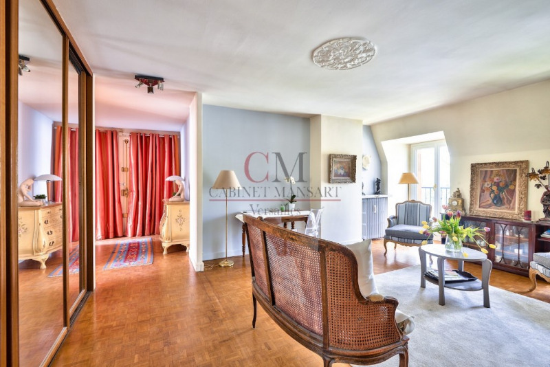 Sale apartment Versailles 694 000€ - Picture 3