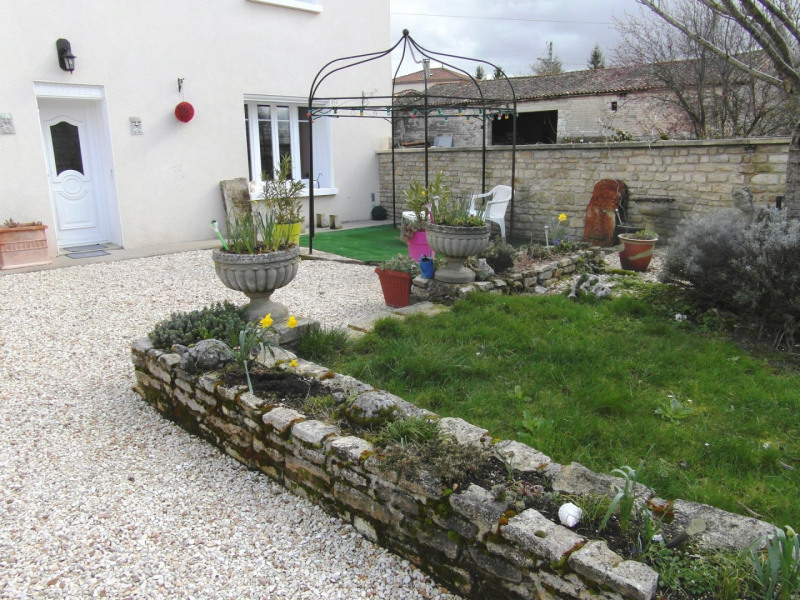 Sale house / villa Villefagnan 197 950€ - Picture 15