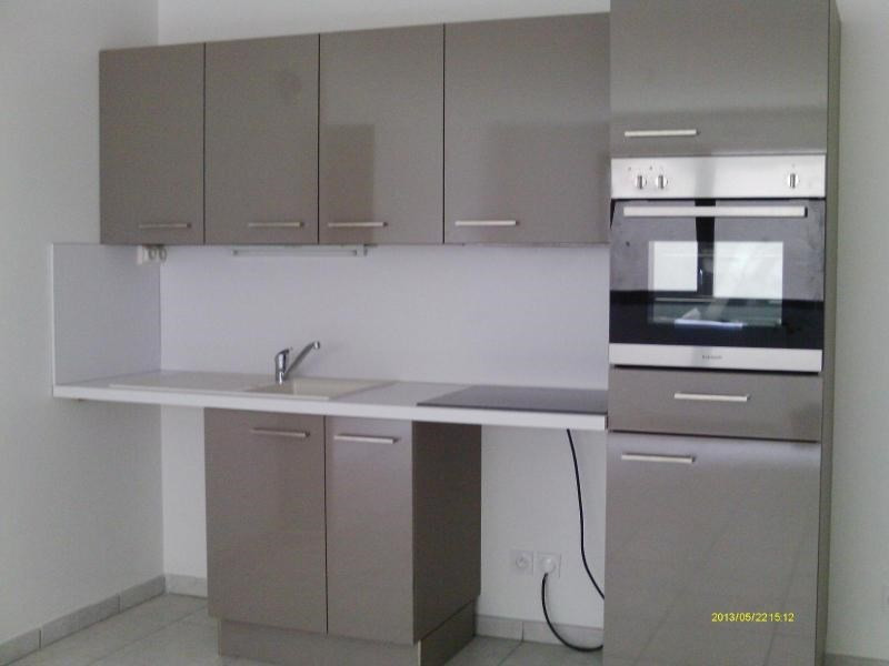 Rental apartment St etienne 559€ CC - Picture 2