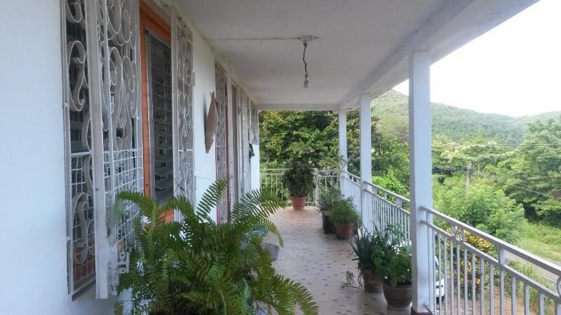 Sale house / villa Les trois ilets 346500€ - Picture 6