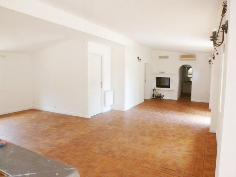Location maison / villa Avignon 1300€ CC - Photo 5