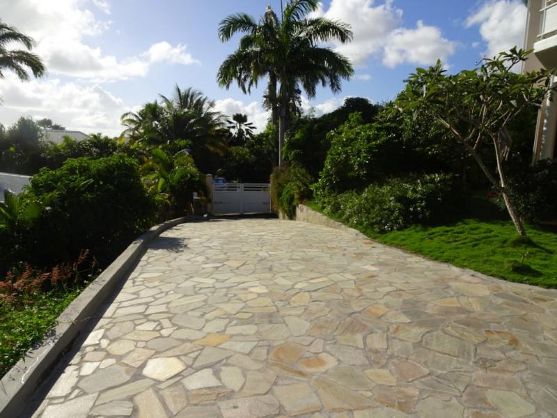 Vente de prestige maison / villa Sainte anne 730000€ - Photo 2