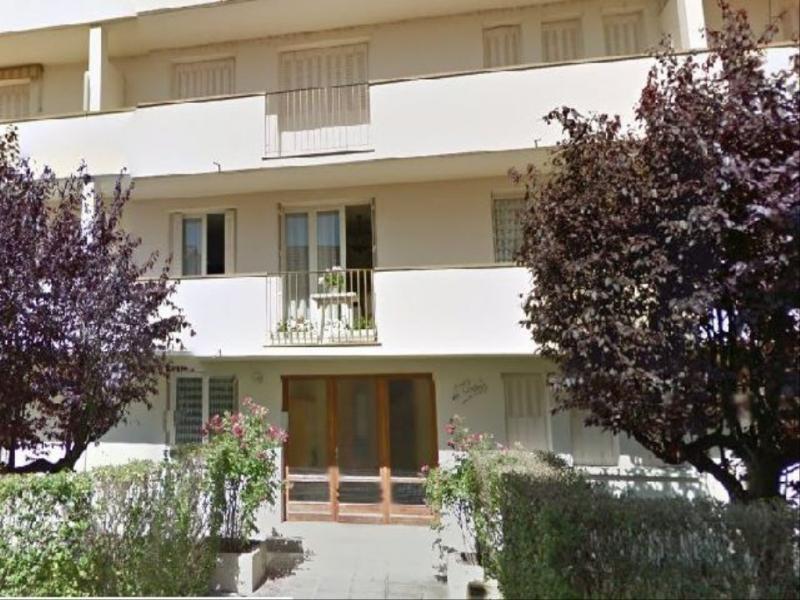 Rental apartment Vichy 540€ CC - Picture 1