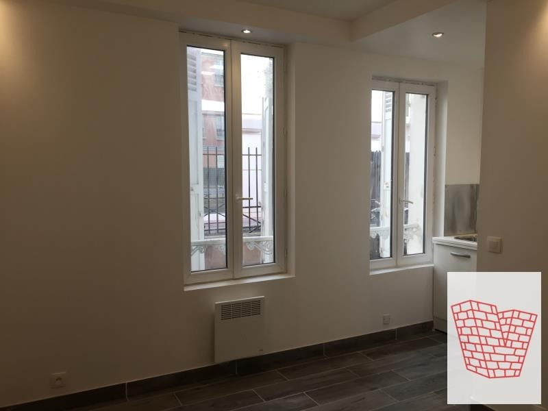 Rental apartment Levallois perret 730€ CC - Picture 1