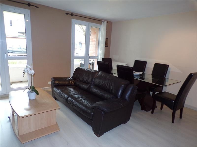 Sale apartment Guyancourt 229 000€ - Picture 2