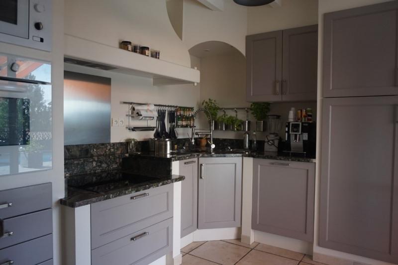 Sale house / villa Reyrieux 515000€ - Picture 5