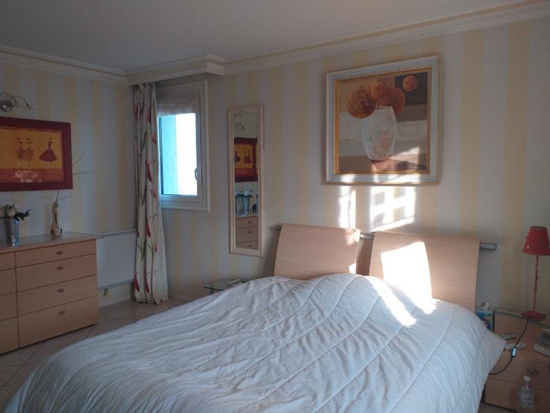 Sale house / villa La chartre sur le loir 241000€ - Picture 5