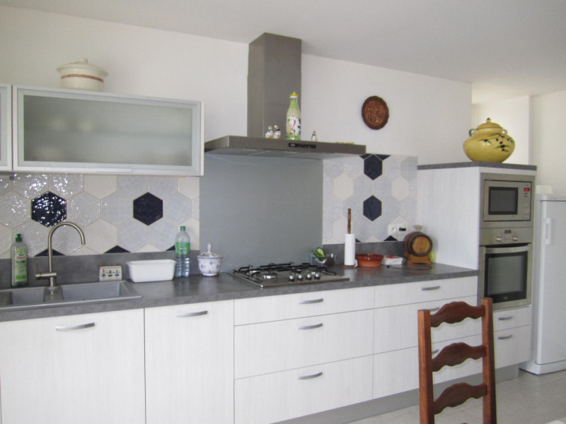 Sale house / villa Baignes ste radegonde 105000€ - Picture 2