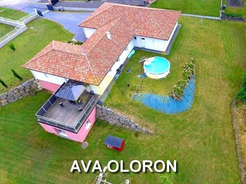 Vente maison / villa Oloron-sainte-marie 375000€ - Photo 1