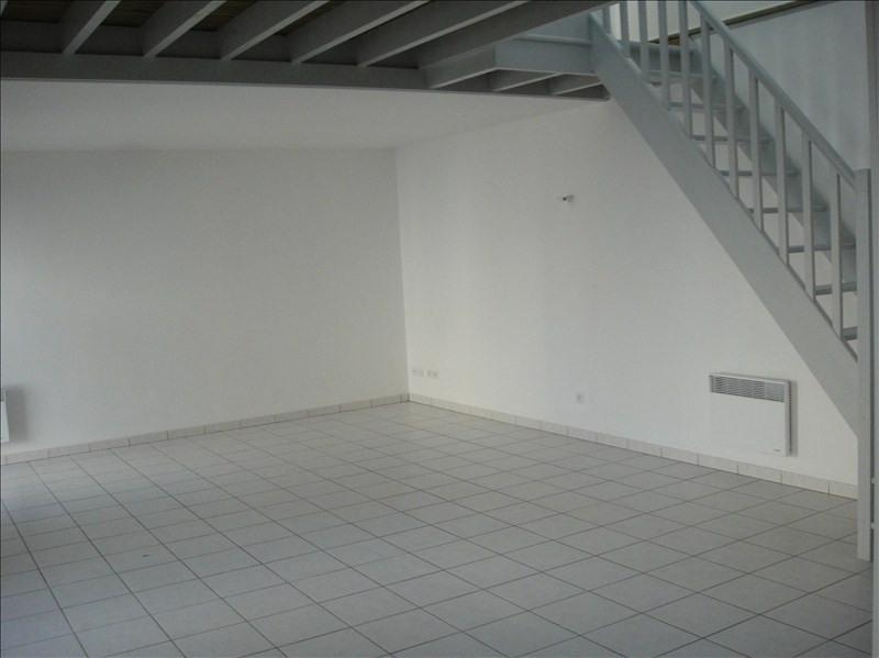 Rental apartment Falaise 525€ CC - Picture 2