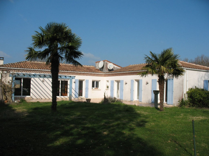 Sale house / villa Etaules 297 000€ - Picture 1
