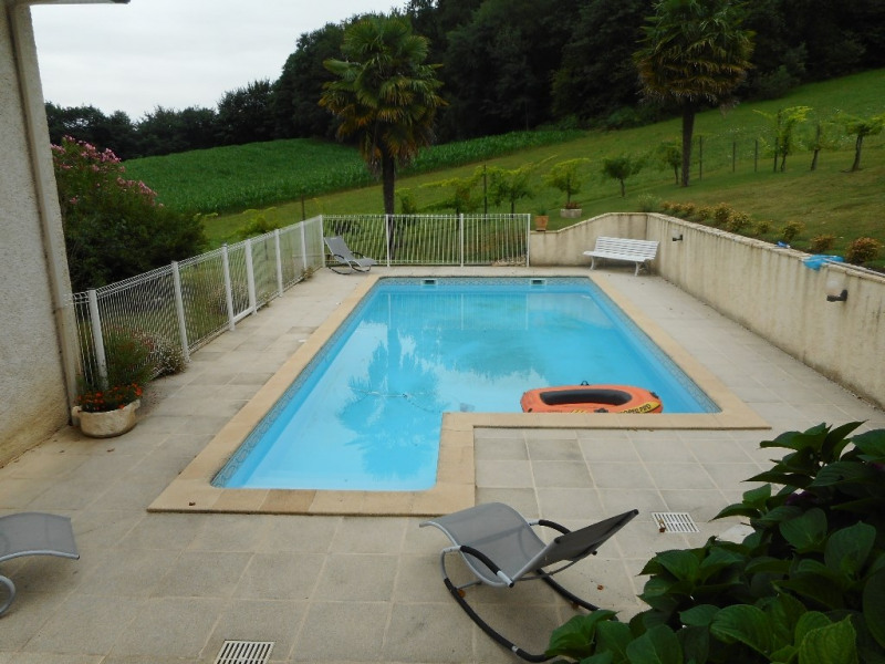 Sale house / villa Monein 283 500€ - Picture 3