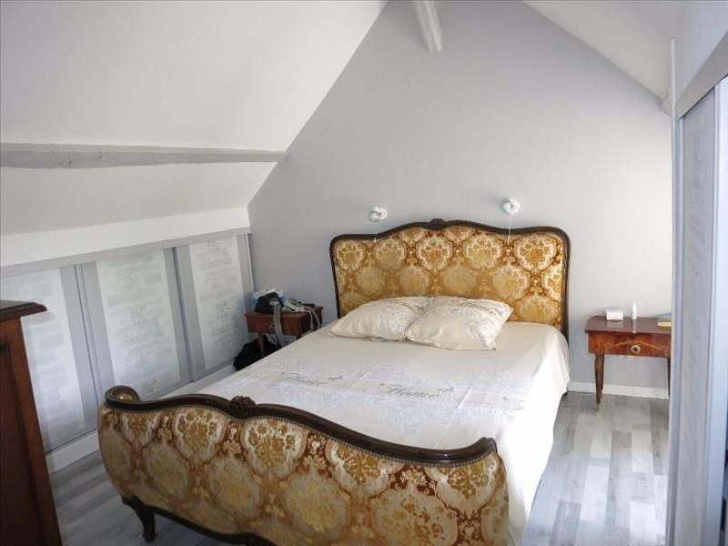Sale house / villa Ambillou 272000€ - Picture 5
