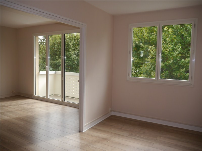 Location appartement Marly le roi 991€ CC - Photo 3