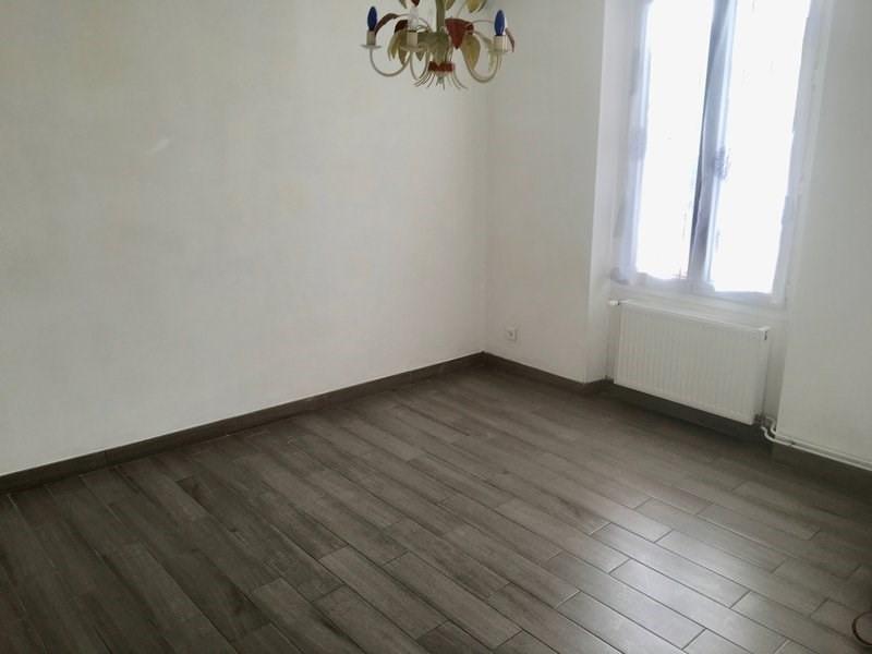 Sale house / villa Charmentray 209500€ - Picture 3