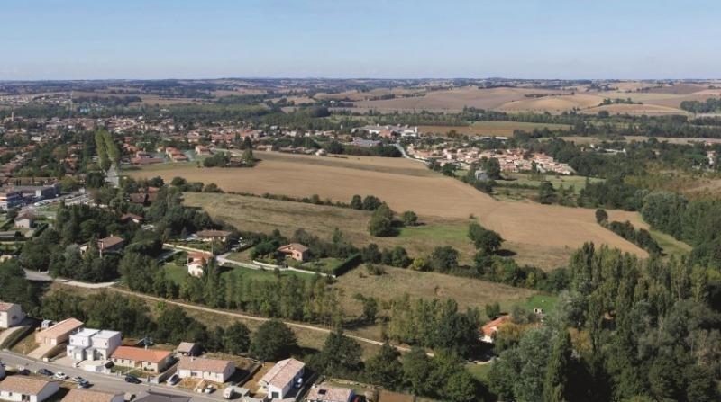 Vente terrain L isle jourdain 61000€ - Photo 1