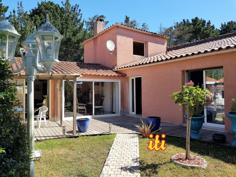 Sale house / villa Chateau d'olonne 409 000€ - Picture 1