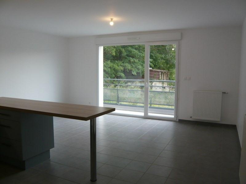 Rental apartment Pont de cheruy 671€ CC - Picture 2