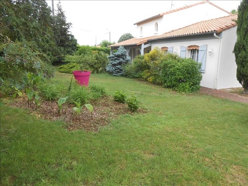 Vente maison / villa St maxire 313500€ - Photo 9