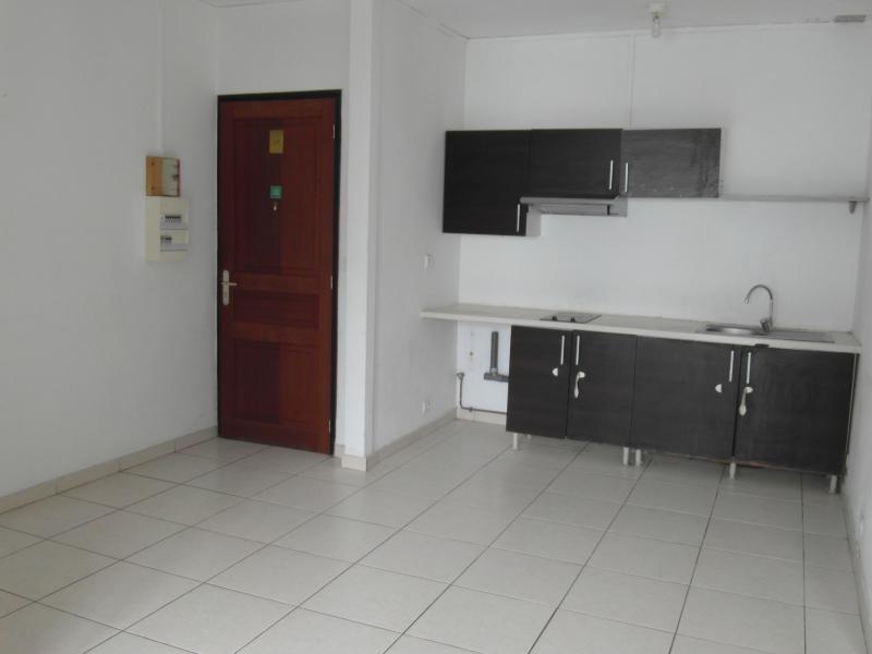 Vente appartement St denis camelias 82650€ - Photo 2