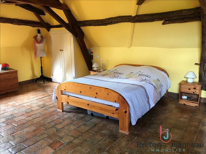Sale house / villa Ampoigne 208000€ - Picture 6