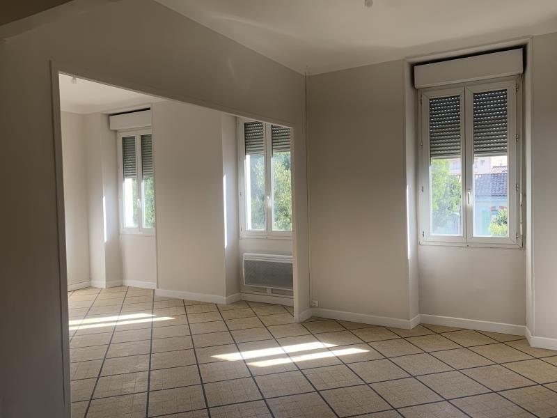 Rental apartment Marseille 5ème 760€ CC - Picture 2