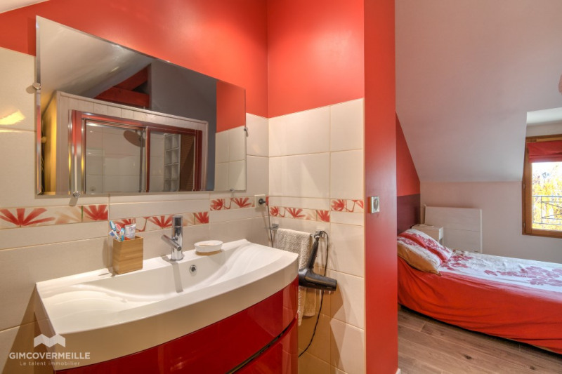 Sale house / villa Poissy 649000€ - Picture 5