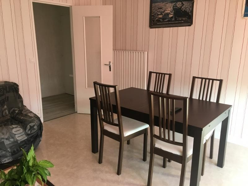 Location appartement Laval 520€ CC - Photo 1