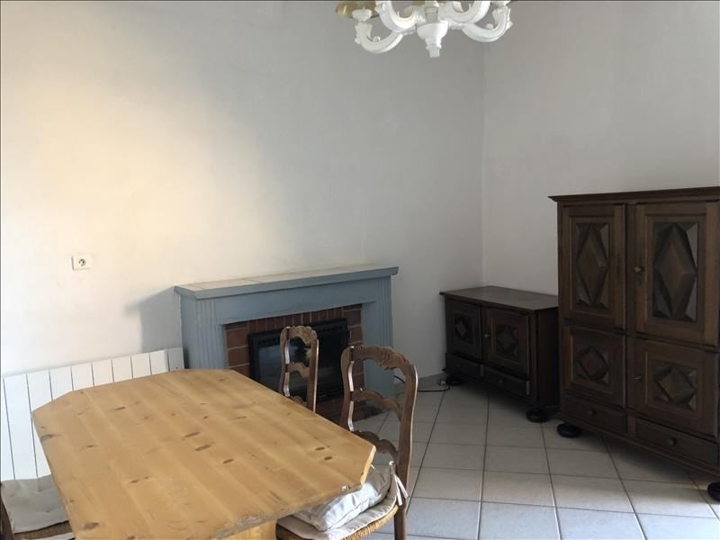 Location appartement Sant antonino 650€ CC - Photo 3