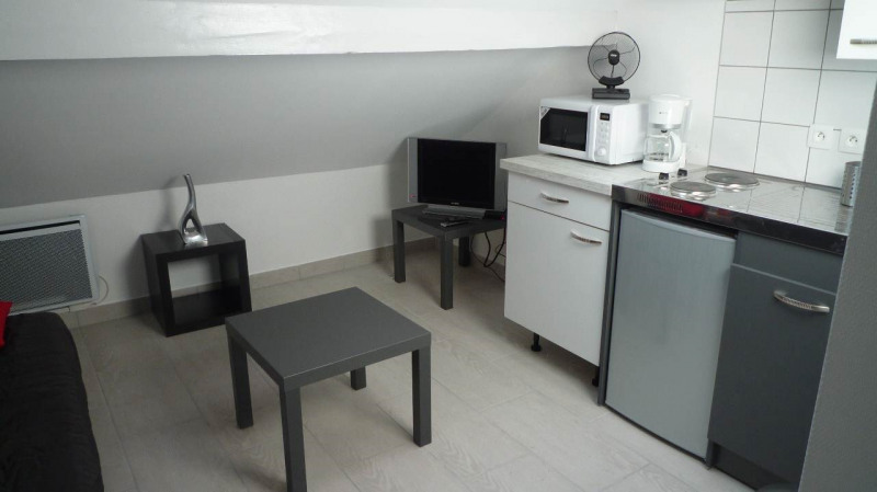 Rental apartment Annecy 422€ CC - Picture 1