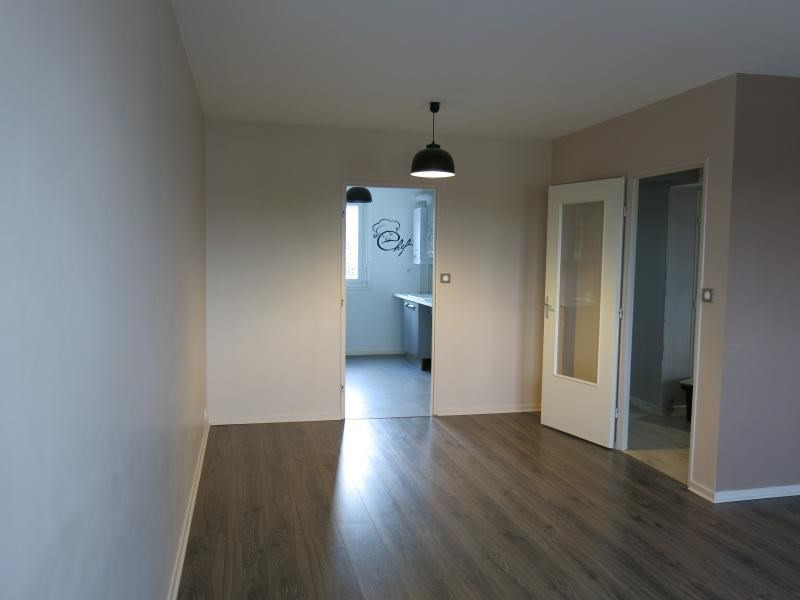 Location appartement St andre les vergers 750€ CC - Photo 4
