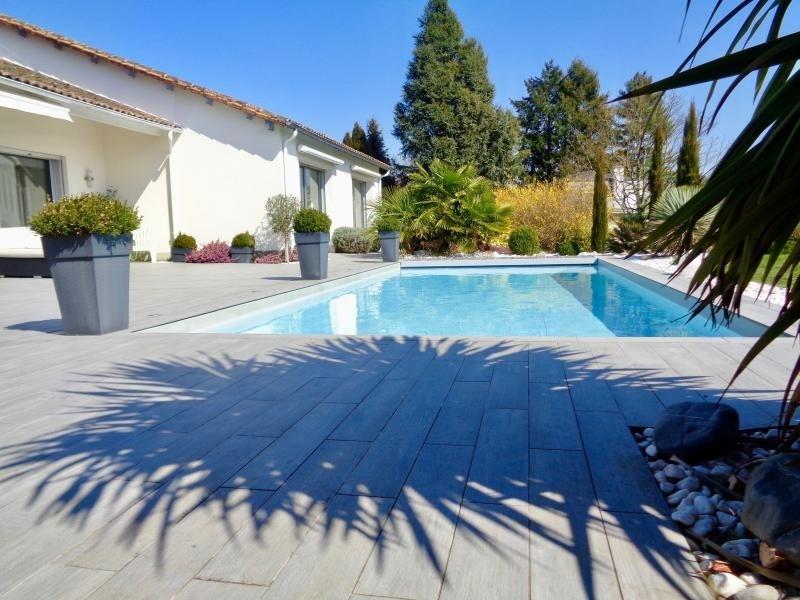 Deluxe sale house / villa Panazol 530000€ - Picture 1