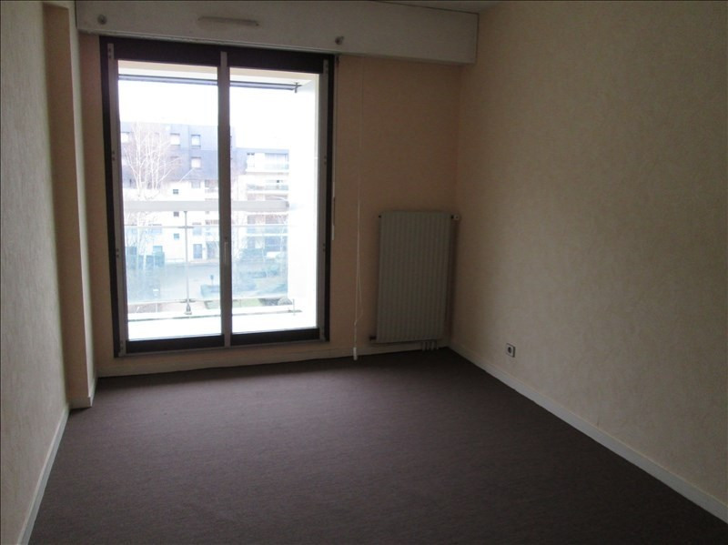 Location appartement Le chesnay 1 063€ CC - Photo 6