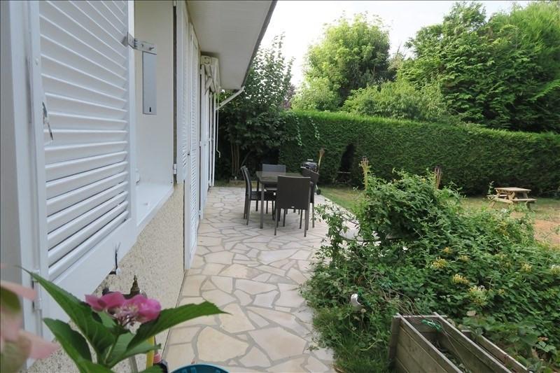 Vente maison / villa Voisins le bretonneux 665600€ - Photo 1