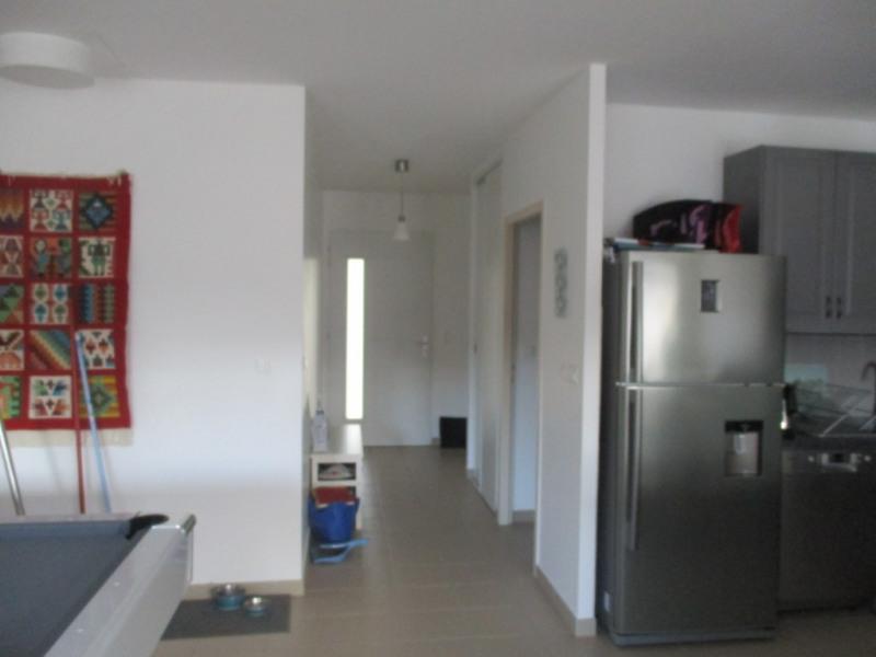 Location maison / villa Espiet 814€ CC - Photo 8